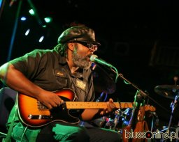 Alvin Youngblood Hart Warsaw 2012